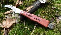 Nůž na houby s gravírování textu na rukojeť